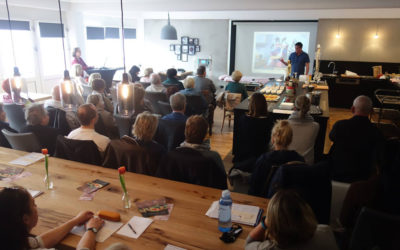 Viele Besucher beim Vortrag zum Thema Schmerztherapie